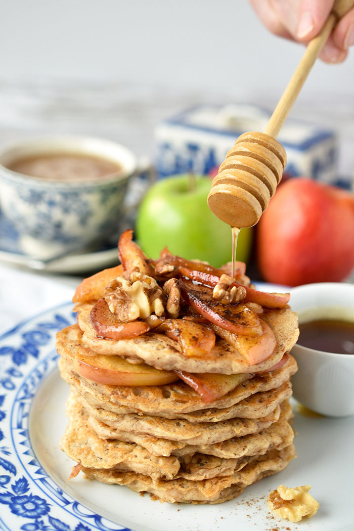 Easy Vegan Apple Cinnamon Pancakes With Buttery Apple Topping (Recipe)