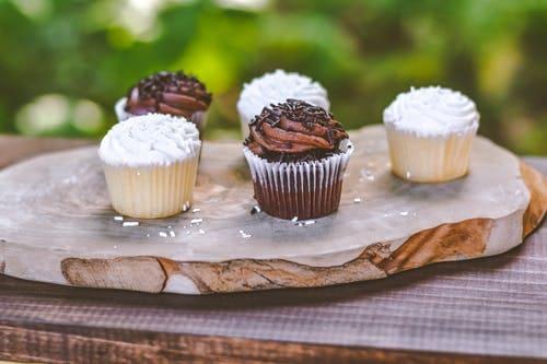 How to make banana and oatmeal cupcakes