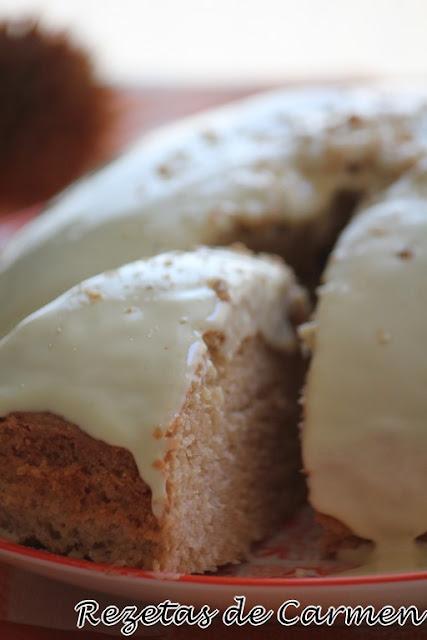 Bizcocho de mango y chocolate blanco