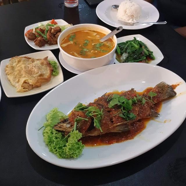 best cafe in kuantan, sarathai kuantan, kedai makan tomyam sedap di kuantan, dinner kuantan, makanan thai di kuantan, oden di kuantan, food, restaurants
