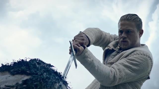 Análise Rei Arthur: A Lenda da Espada
