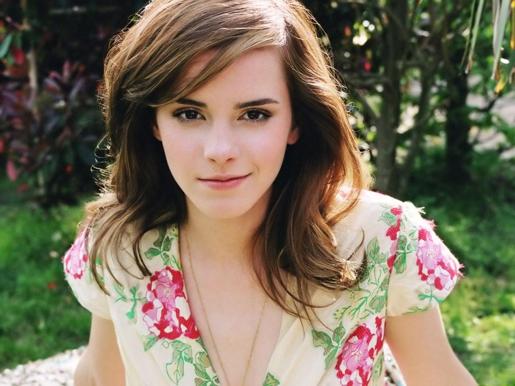 Lovely wallpapers emma watson cute and lovely wallpaper - Cute emma watson wallpaper ...