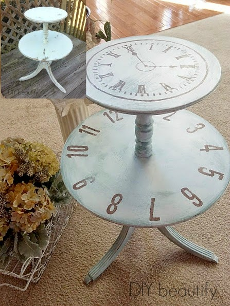Table with Painted Clock Graphic www.diybeautify.com