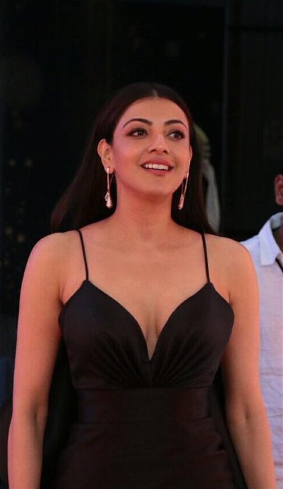 Kajal Sexy Boobs Photos