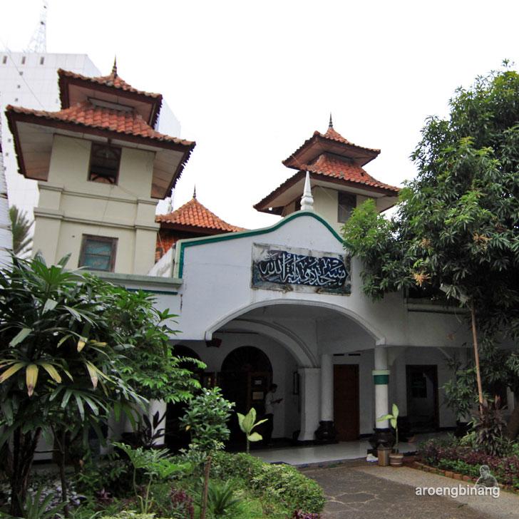 masjid hidayatullah jakarta