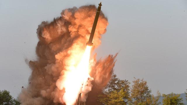 """Corea del Norte afirma haber probado de nuevo su sistema lanzacohetes múltiple """"supergrande"""""""