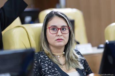 Kitty Lima volta a lamentar violência contra policiais em Sergipe