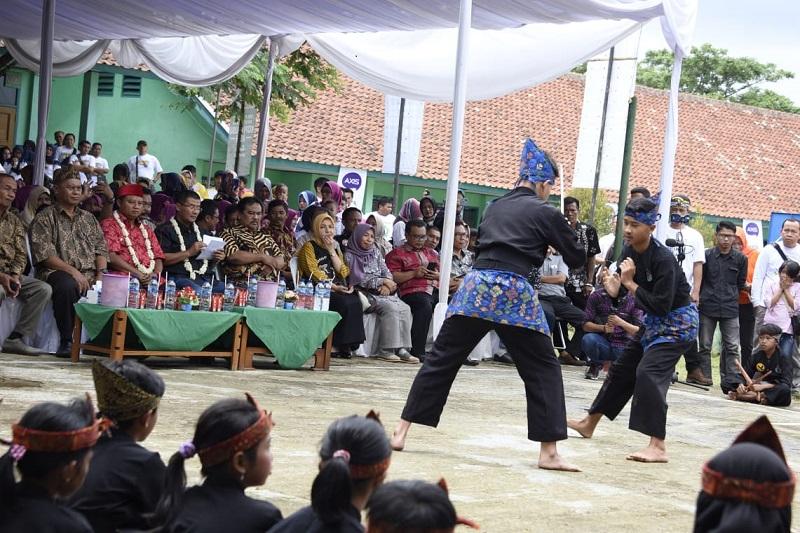 Kang Uu Hadiri Reuni Akbar SMP Negeri 2 Cimalaka Sumedang
