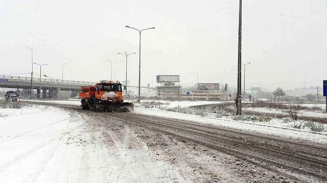 Όλοι οι δρόμοι που έχουν κλείσει στην Πελοπόννησο από τα χιόνια