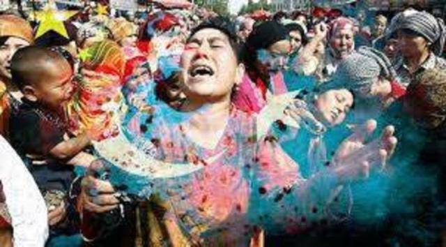 Uygur Türk'ü çocuklar derhal teslim edilsin…