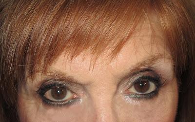 Imagen Ojos abiertos look Silver Green