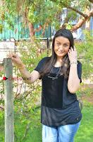 Tamil Actress Sonia Agarwal Pos in Denim Jeans at Unnaal Ennaal Movie Shooting Spot  0006.jpg