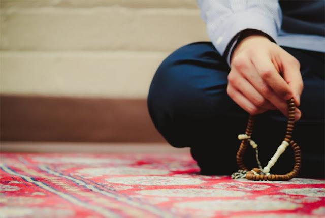 Panduan Lengkap Bacaan Doa, Niat dan Tata Cara Sholat Tasbih