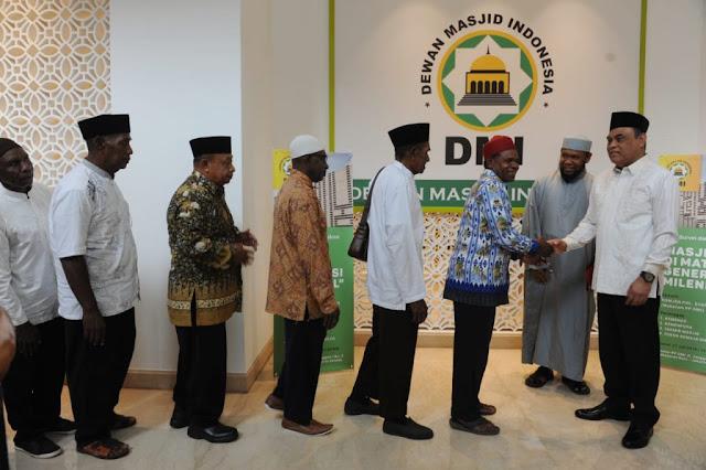 25 Kepala Suku Papua Berangkat Haji, Ustaz Fadhlan: Alhamdulillah