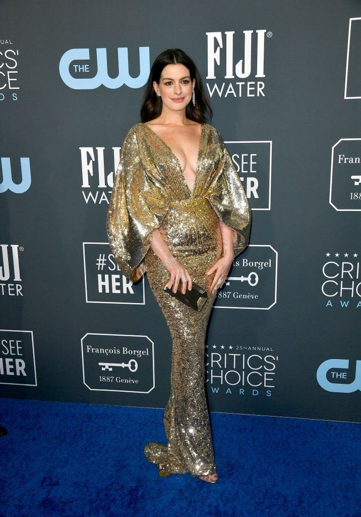 Anne Hathaway sizzles in Versace at the 2020 Critics' Choice Awards