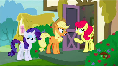 Rarity and Applejack meet Strawberry Sunrise