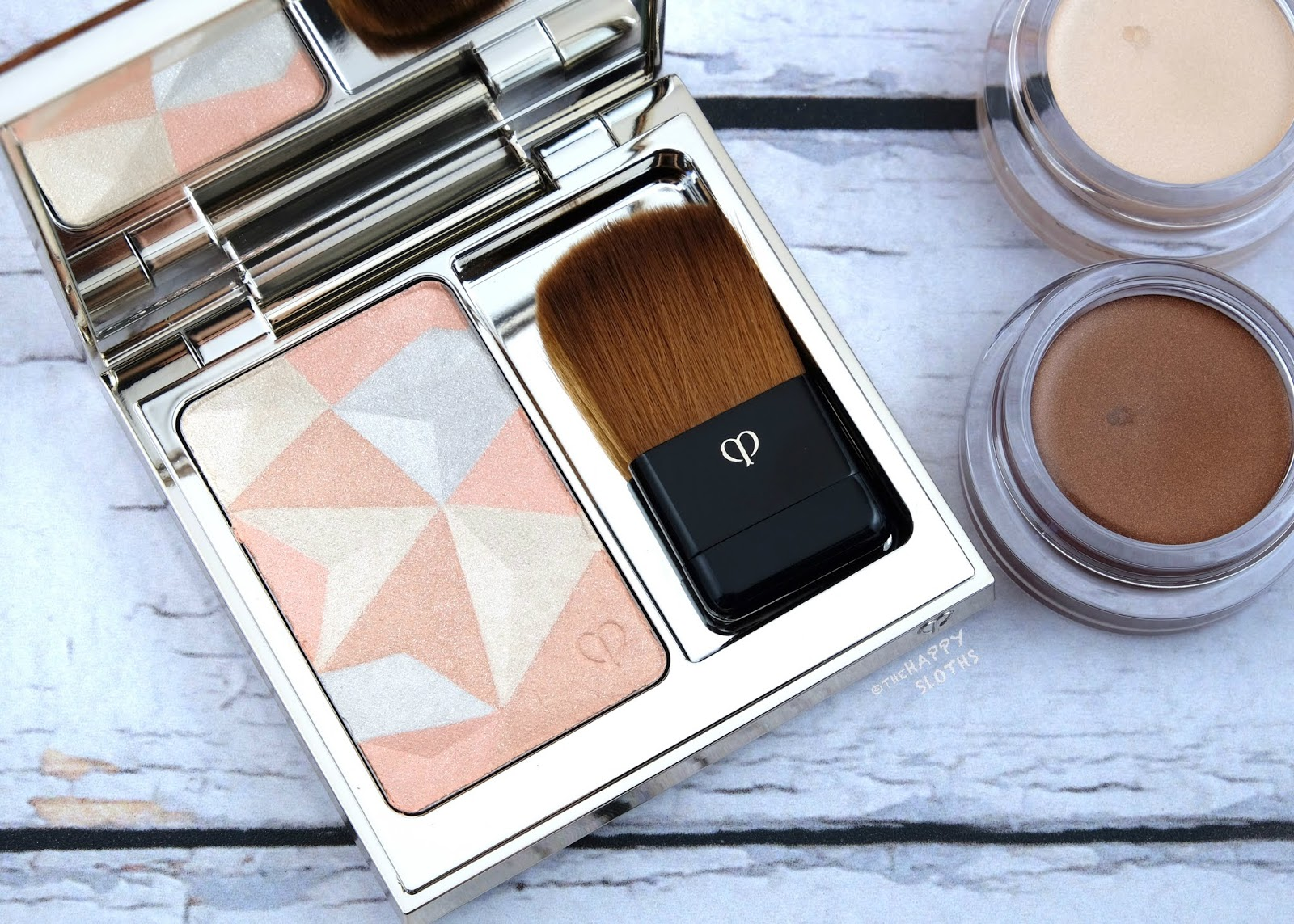 Clé de Peau Beauté | Summer 2019 Luminizing Face Enhancer: Review and Swatches