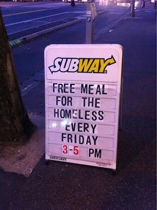 Makanan gratis untuk para tunawisma!