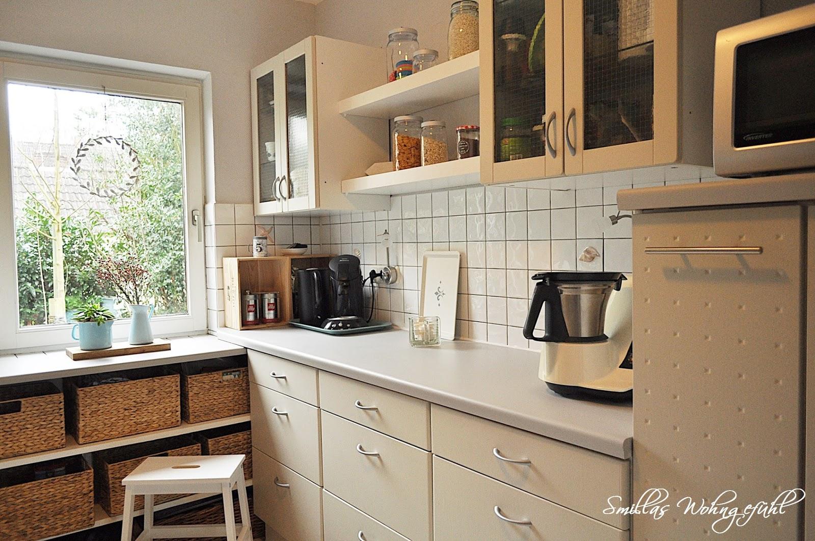 k che mit kreidefarbe streichen kreidefarbe nicht nur. Black Bedroom Furniture Sets. Home Design Ideas
