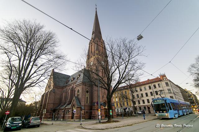 Paulus Kirke, Grünerløkka - Oslo por El Guisante Verde Project