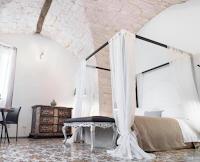 Vinci gratis pernottamento in Suite e buoni sconto da 10 euro