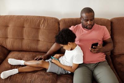 kesehatan mental anak yang sering bermain gadget