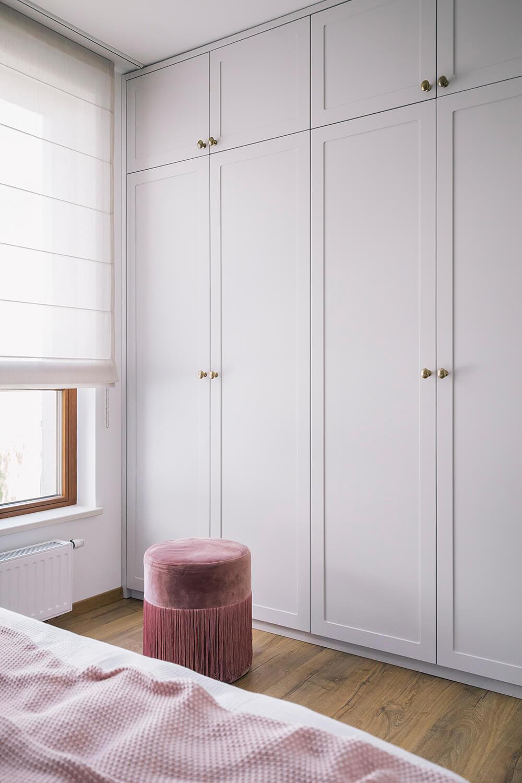 Phòng ngủ có tủ âm tường 3
