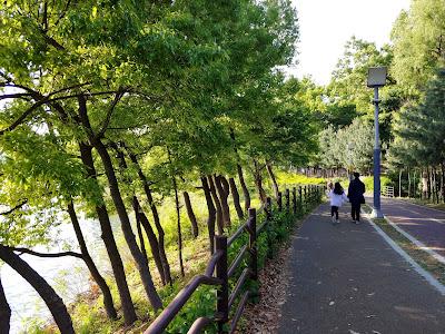 기흥 호수공원에서 산책 (엄마와 아이)