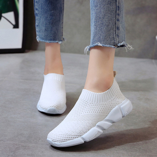 Plain Flat Round Toe Casual Travel Sneakers
