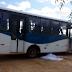 Mãe e filho morrem atropelados por ônibus em frente a escola de Logradouro