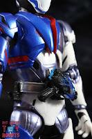SH Figuarts Kamen Rider Vulcan Shooting Wolf 08