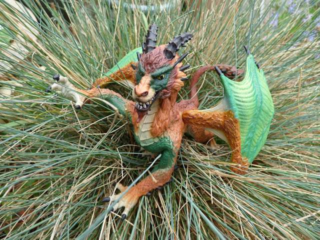 collectible dragons, dragon toys