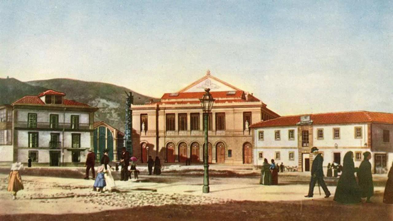 """El blog de """"Acebedo"""": Las mil y una historias de la Plaza de la Escandalera  de Oviedo"""