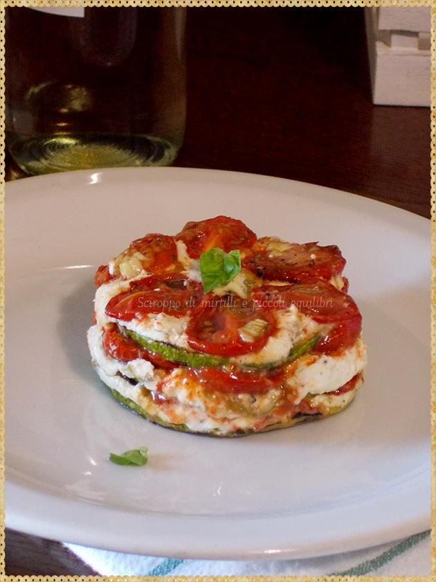 Tortino di zucchine tonde, pomodorini e Feta con olive verdi