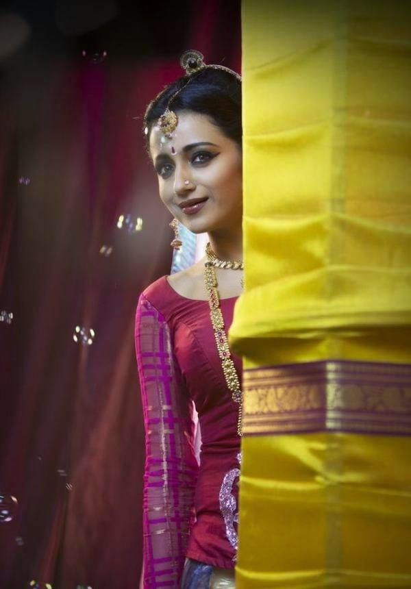 Actress Trisha Krishnan Latest Cute Hot Spicy Photos Gallery From Yennai Arindhaal Movie