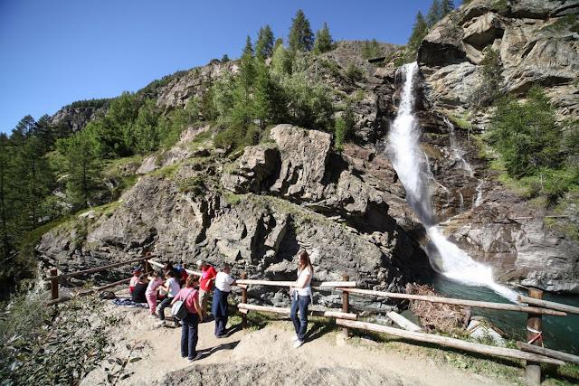 Per la tua vacanza in Valle D'Aosta ti consiglio la visita alle Cascate Lillaz