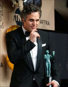 Mark-Ruffalo-Biography-Upcoming-movies-Net-Worth-picture-awards