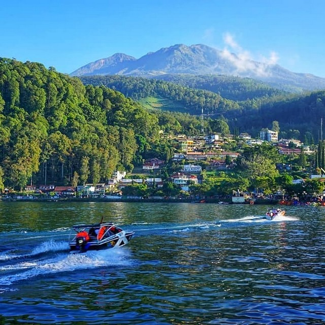 Wisata Alam Telaga Sarangan;10 Top Destinasi Wisata Magetan