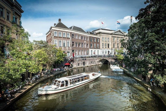 9 cities own the most beautiful canal system in the world