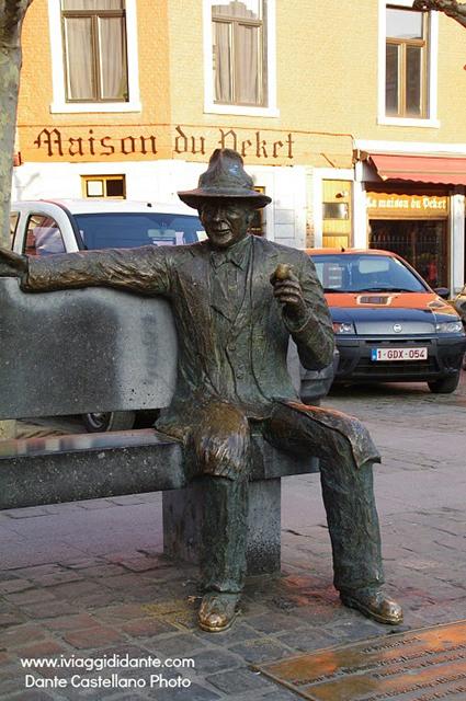 statua simenon liegi