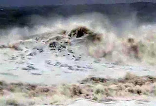 Donate to Odisha for Cyclone Phailin