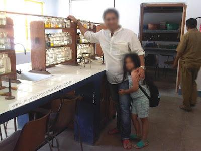 Seth Anandram Jaipuria School Chemistry Lab