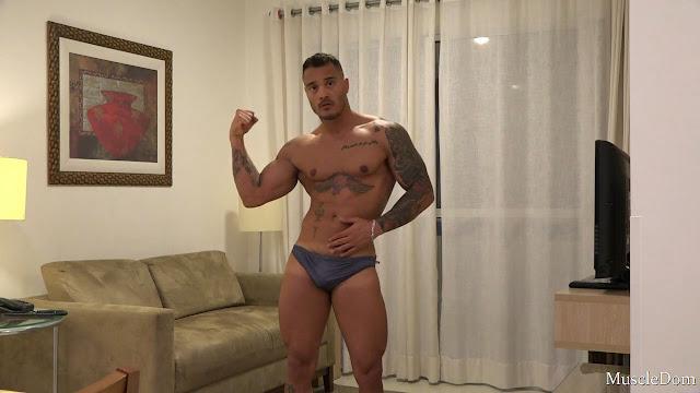 MuscleDom - Richard