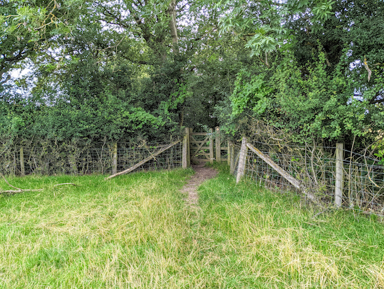 The gate on Offley footpath 13 (location - https://w3w.co/laces.rarely.events)