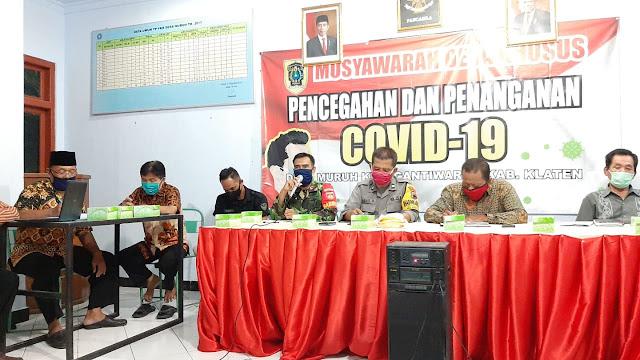 Babinsa Koramil 10/Gantiwarno Hadiri Musdesus BLT DD Covid