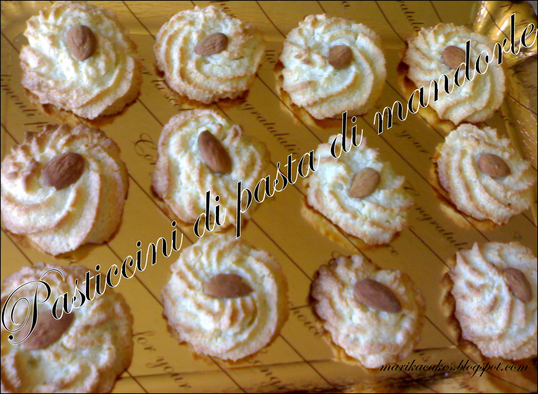 Marikacakes Pasticcini Di Pasta Di Mandorle