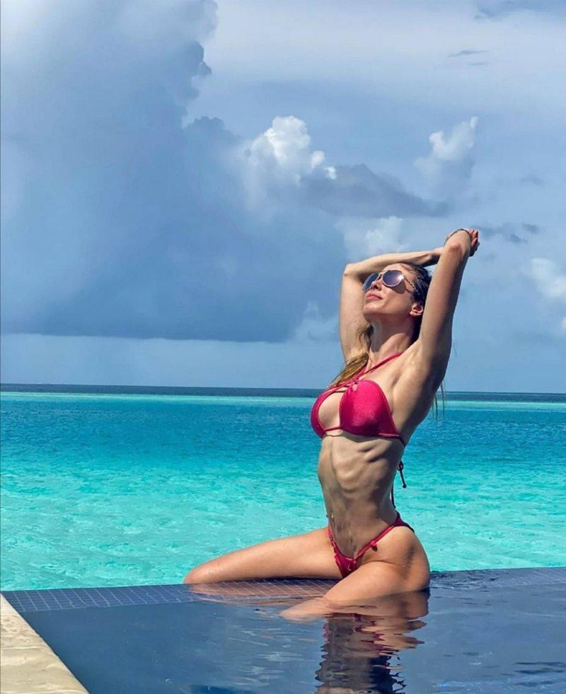 Daniela Colett se relaja en Islas Maldivas y Dubái