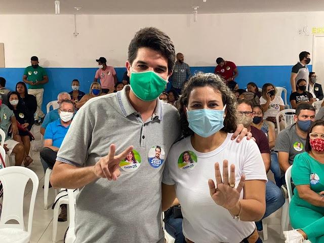 Cordélia se reúne com candidato a vereador Arthur Dapé para discutir projetos para Eunápolis