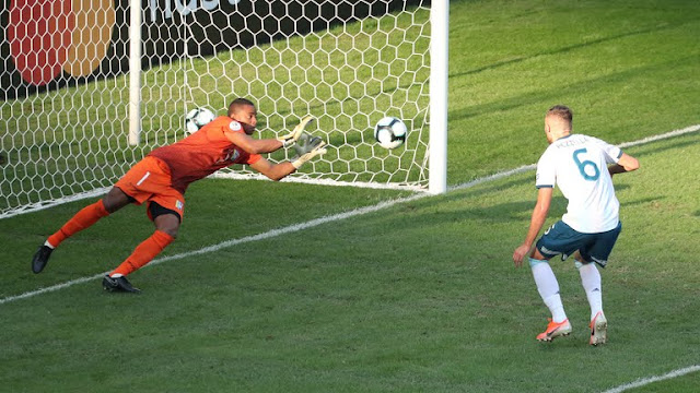 ARGENTINA vs VENEZUELA  First Goal