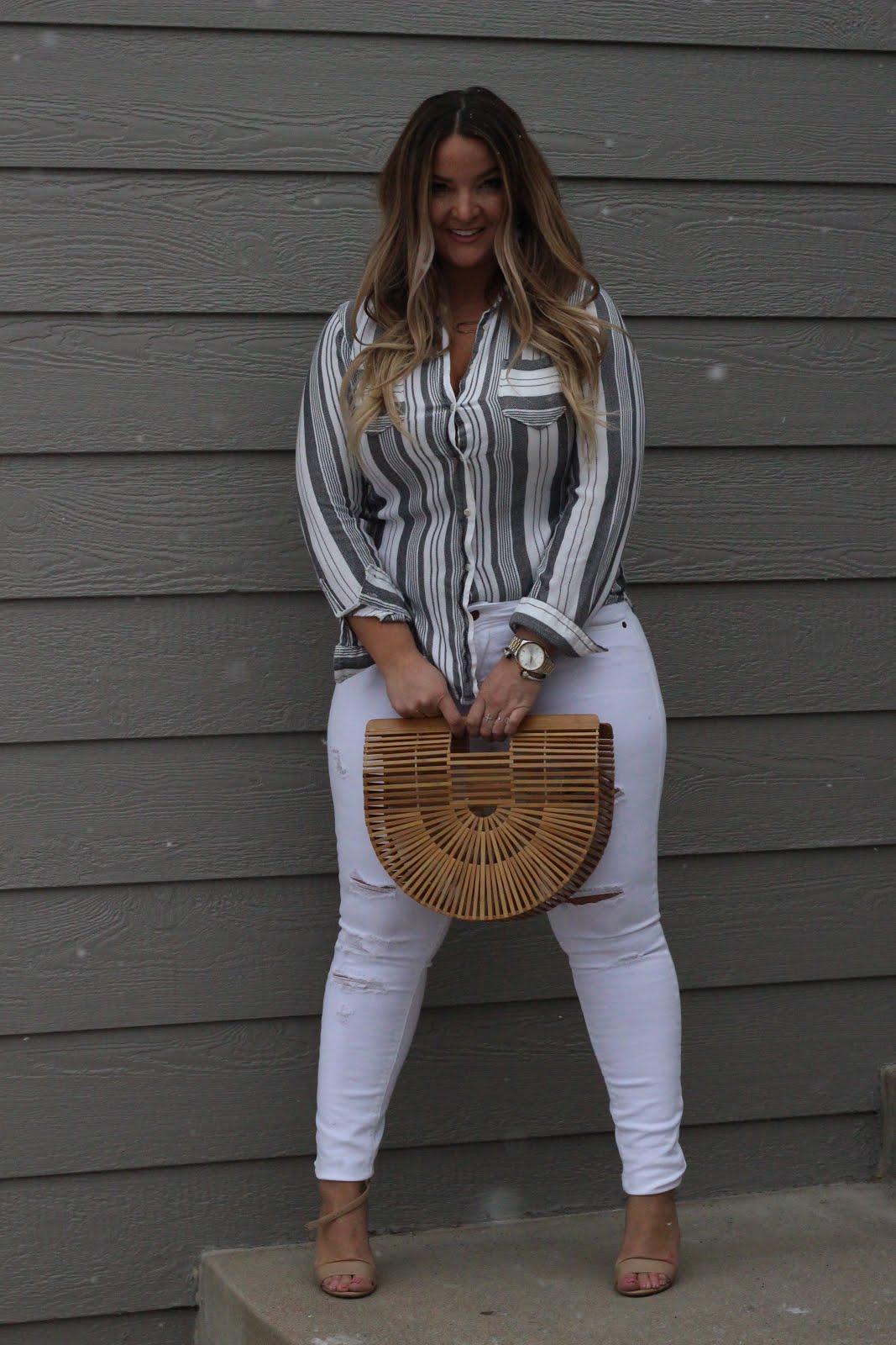 Striped Shirt & White Denim by popular Denver style blogger Delayna Denaye
